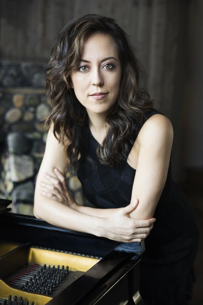 Tanya Bannister, piano<br>(Founder & Co-Artistic Director)
